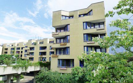 BUWOG-Siedlung in Berlin-Neukölln: Besuch der Bundesbauministerin