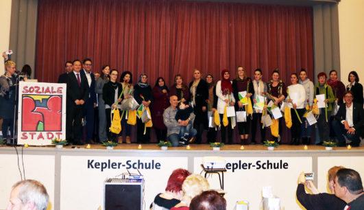 High-Deck-Siedlung: 207 Ehrenamtliche engagieren sich rund 12.000 Stunden für Neuköllner Quartier