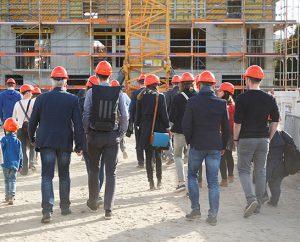 Baustellenbegehung: Bitte nicht auf eigene Faust, sondern abgestimmt mit Ihrem Betreuer vom Bauträger