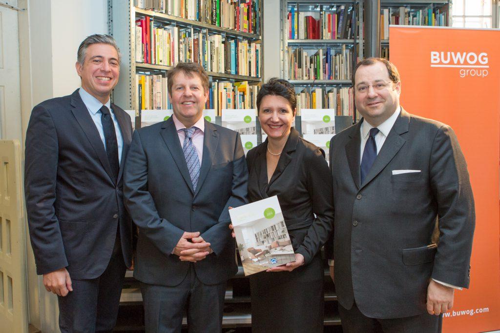 v.l.: Andreas Holler (BUWOG), Michael Ehlmaier (EHL), Sandra Bauernfeind (EHL) und Daniel Riedl (Vonovia / BUWOG)