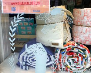 Kuscheldecke gefunden, aber der Shop ist zu? Viele Plattformen führen zum Ziel und helfen dem Handel im Kiez. Foto: Kaul